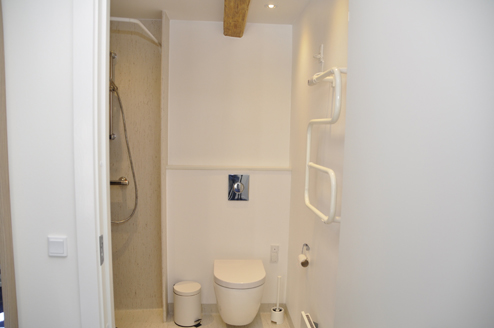 6 room with private bathroom.jpg